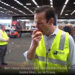 Matt Canavan Bites Into Onion, Tony Abbott Style [Video]