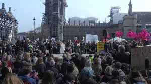 Environmental protesters block five central London locations [Video]