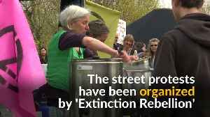 Over 100 climate change activists arrested in London [Video]