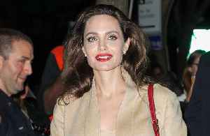 Angelina Jolie drops Pitt from surname [Video]