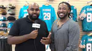 Omar Kelly and Safid Deen discuss Dolphins' first day of voluntary workouts [Video]
