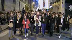 Notre Dame: Hundreds take part in Paris vigil [Video]