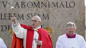 News video: Pope Francis Thanks Notre-Dame Firefighters, Offers Restoration Know-How