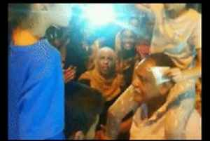 Sisters Lead Chant During Sudanese Protest in Khartoum [Video]