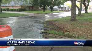 Broken water main leads to nearly flooded street [Video]