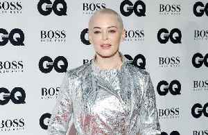 Rose McGowan can't smell [Video]