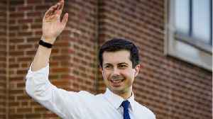 News video: Pete Buttigieg Takes Hecklers In Stride While Campaigning In Iowa