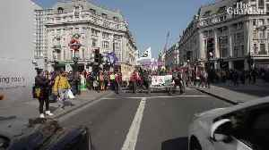 News video: 'If this is what it takes': London? reacts to the Extinction Rebellion ?'shutdown'