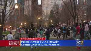 Hundreds Of Teens Run Through Downtown Chicago, Fighting And Disobeying Police [Video]