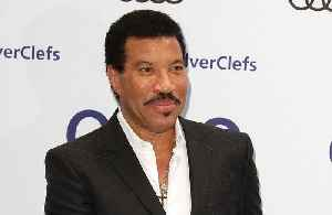 Lionel Richie considered priesthood [Video]