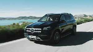 The new Mercedes-Benz GLS - Trailer [Video]