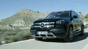 The new Mercedes-Benz GLS Driving Video [Video]