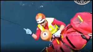 Basque Rescuers Airlift Injured Person After Fall Near Gorliz Lighthouse [Video]