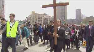 New Yorkers Celebrate Good Friday [Video]
