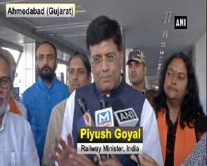 Mulayam Singh might have to come to rally forcefully, my sympathy is with him Piyush Goyal [Video]