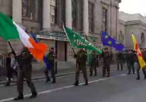 Dissident Republican Group Marches in Dublin Two Days After Journalist Killed [Video]