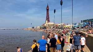 Thousands of Brits flock to Blackpool for scorching Easter Sunday [Video]