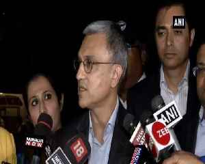 Jet Airways staff meets Finance Minister Arun Jaitley at his residence on Saturday [Video]