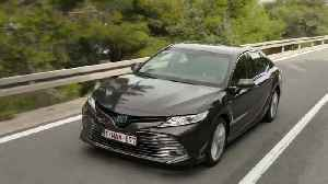2019 Toyota Camry Hybrid Driving Video [Video]