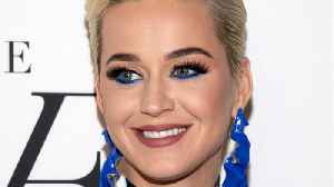 News video: Katy Perry Dressed As Ursula For 'American Idol' Episode
