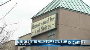 Man dies after falling off a hotel roof [Video]