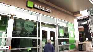 Henry Bloch, H&R Block Co-Founder, Dies At 96 [Video]