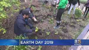 New York, Los Angeles Inspire Change On 49th Earth Day [Video]