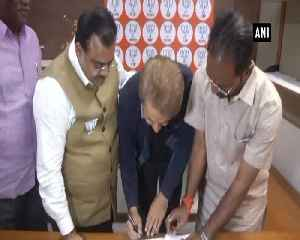 Jawed Habib joins BJP, becomes nation ka chowkidar from baalon ka chowkidar [Video]