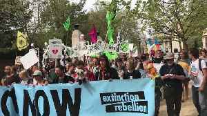Extinction Rebellion protesters march to Parliament [Video]