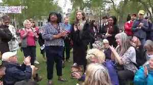 Labour MP Diane Abbott shows support for Extinction Rebellion activists at London's Parliament Square [Video]