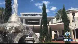 Palm Beach Gardens empty storefronts won't be empty for long [Video]