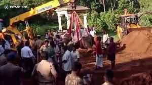 Devotees hold emotional funeral for tame elephant in south India [Video]