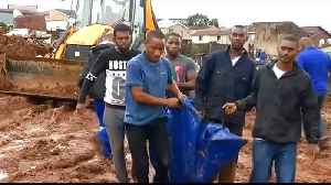 South Africa floods: Dozens killed on east coast [Video]