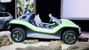 Volkswagen ID. Buggy 2019 at NYIAS Booth [Video]