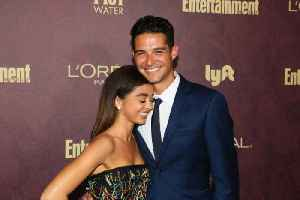 Sarah Hyland 'leans on' Wells Adams for support [Video]