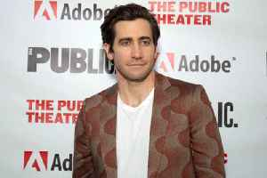 Jake Gyllenhaal loves his own pictures [Video]