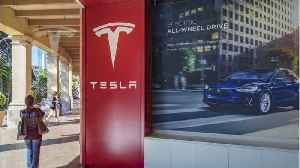 Ending Tough Week, Tesla Shares Sink to Lowest Level In Two Years [Video]