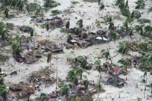 Cyclone 'wipes out' Mozambique villages [Video]
