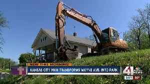 Founder of Harris Park golf course in heart of KCMO tears down his house to expand course [Video]