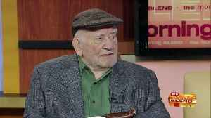 See the Legendary Ed Asner on Stage in Milwaukee [Video]