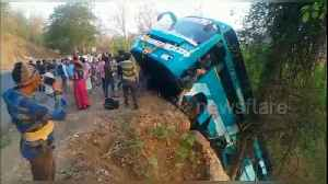 Nine injured when bus plunges off road in India [Video]