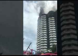 One Dead in Philippines High-Rise Fire [Video]