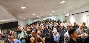 'An International Embarrassment:' Chaos at Sydney Airport After IT Issue [Video]