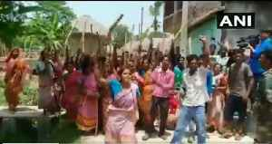 TMC female cadre protests after BJP demands CAPF at Bengal voting booths [Video]