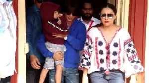 LS Elections 2019: AbRam accompanies SRK & Gauri Khan to polling booth [Video]