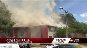 Large fire breaks out at Jackson apartments [Video]