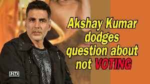 Akshay Kumar dodges question about not VOTING [Video]