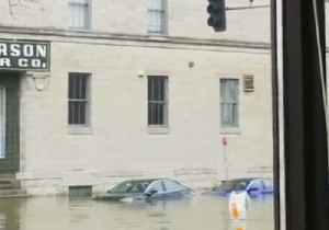 Forecast Thunderstorms Sparks Flooding Concerns in Midwest After Iowa Flash Flood [Video]