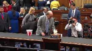 """Democrat uses poultry props to chide """"chicken"""" Barr [Video]"""