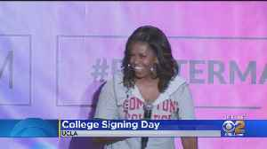 Former First Lady Lends Her Star Power To First-Ever College Day On West Coast [Video]